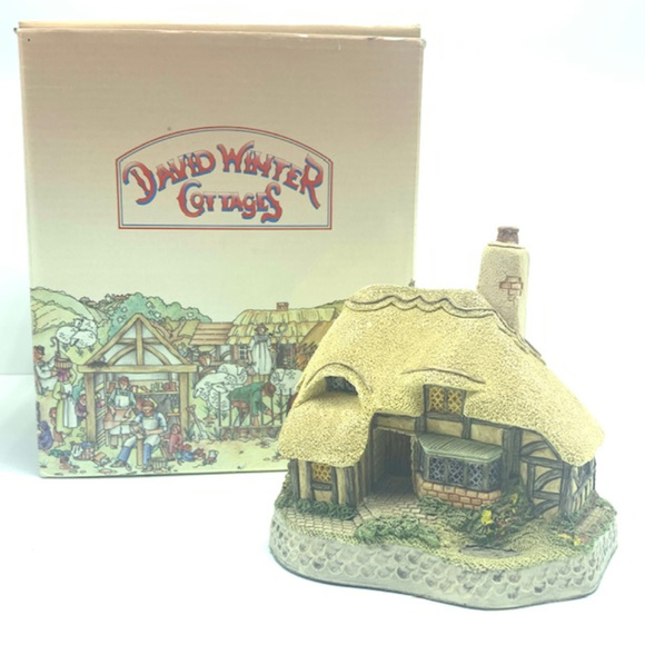 David Winter Ashe cottage decor collectors guild NWT